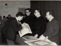 Entrega notes sala actes Pare Rector Pare Sala Professor Cano anys 60